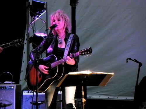 Lucinda Williams photo 2